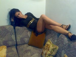 Zaina bbc escorts in Edina